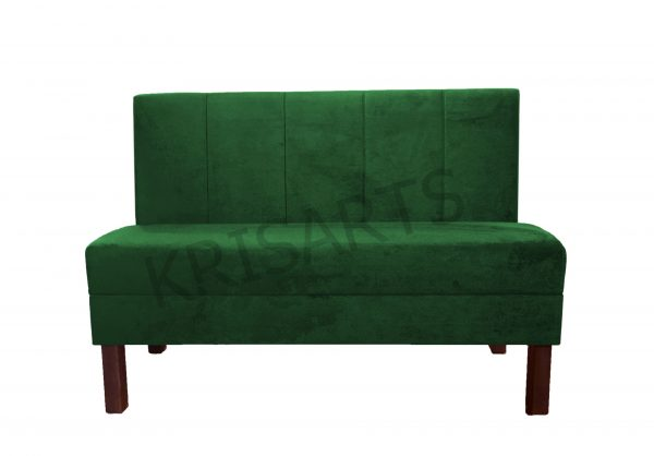 Компактный диван для кафе